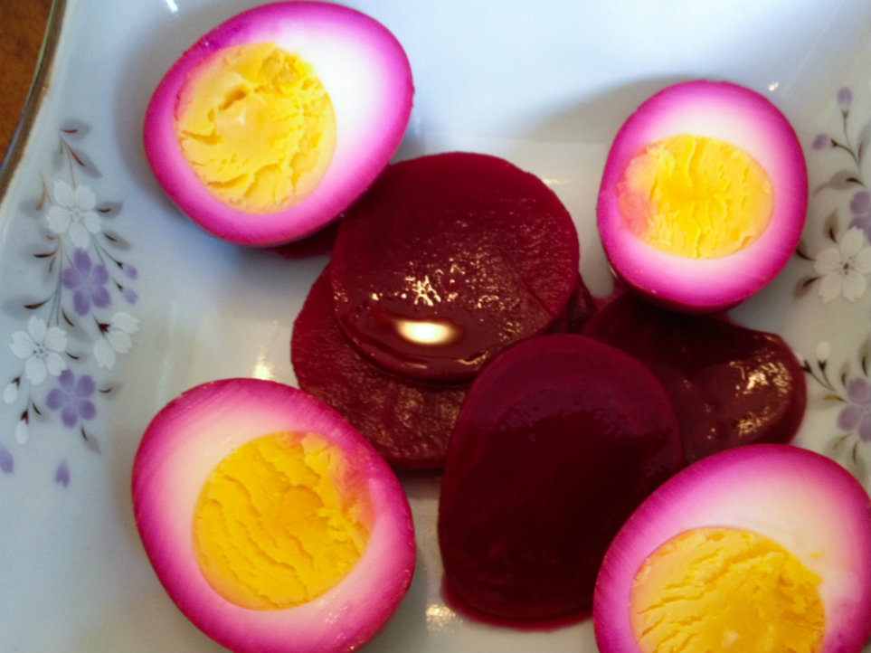 Pickled RB Eggs resize